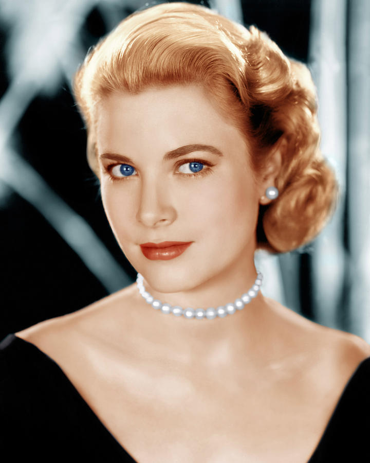the exquisite grace kelly historian alan royle. Black Bedroom Furniture Sets. Home Design Ideas